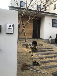 門柱は外壁と同じ色にしました~埼玉県で健康注文住宅に入居中!~