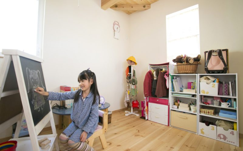 自然光で明るい子供部屋   自然素材の注文住宅,健康住宅   実例写真   埼玉県さいたま市