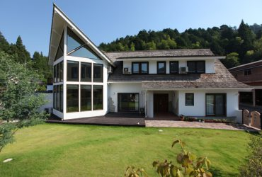 Design & Sunshine 圧倒的存在感の家