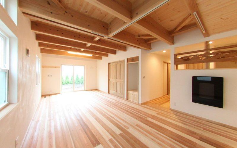 杉の木目が美しいフローリング   自然素材の注文住宅,健康住宅   実例写真   東京練馬区