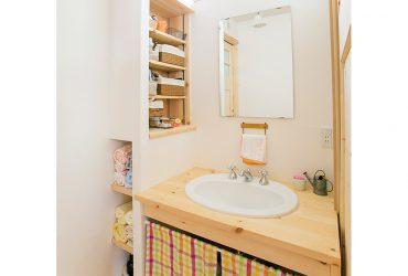 ニッチのある洗面スペース | 自然素材の注文住宅,健康住宅 | 実例写真 | 埼玉県さいたま市