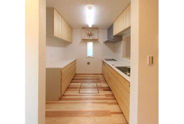 ナチュラルな雰囲気のシステムキッチン | 自然素材の注文住宅,健康住宅 | 実例写真 | 東京都練馬区