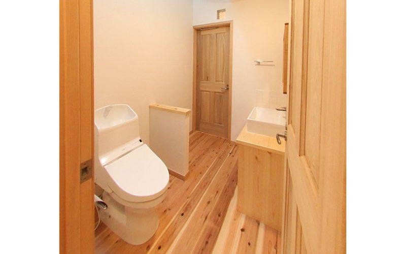自然素材でトイレまで気持ちいい   自然素材の注文住宅,健康住宅   実例写真   東京都練馬区
