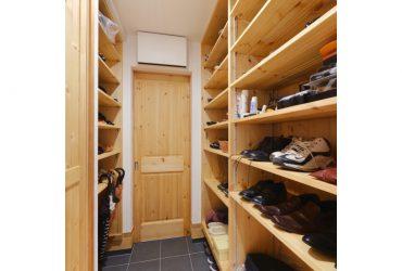 家族用玄関 | 自然素材の注文住宅,健康住宅 | 実例写真 | 宮城県仙台市