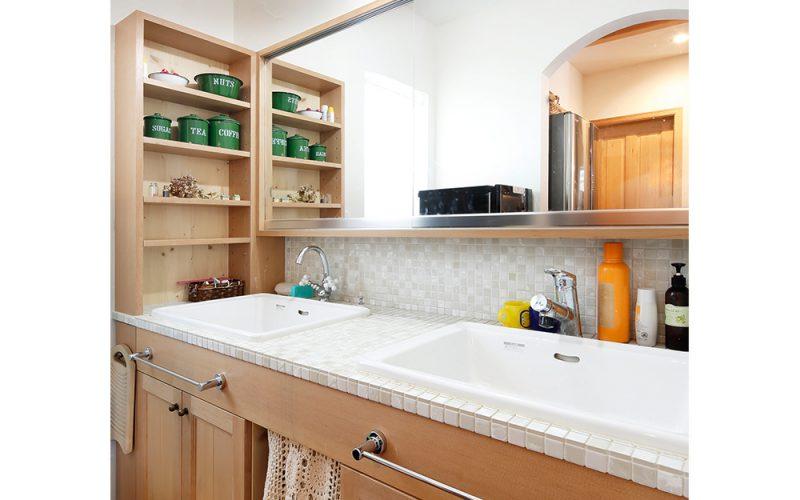 洗面台をダブルボウルにして、ゆとりのある朝に | 自然素材の注文住宅,健康住宅 | 実例写真 | 岐阜県関市