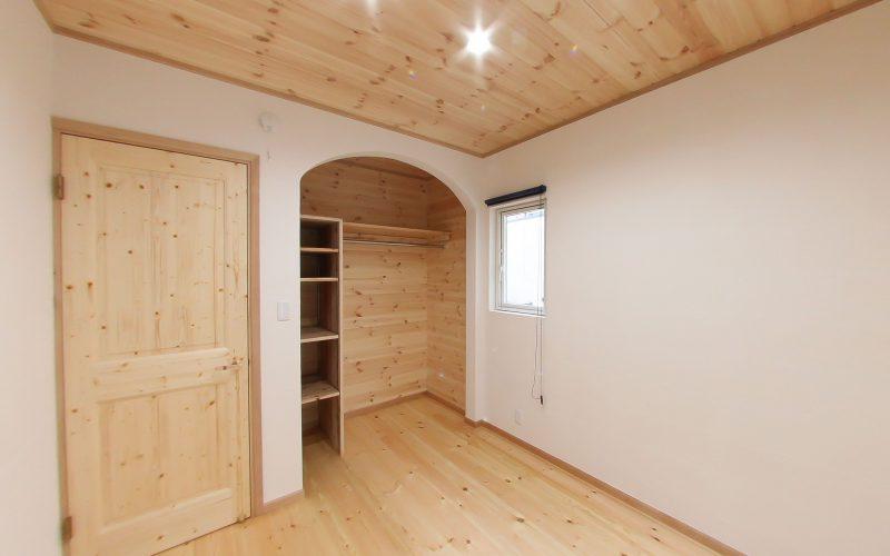 自然素材に包まれた目覚めのよい寝室 | 自然素材の注文住宅,健康住宅 | 実例写真 | 岐阜県岐阜市