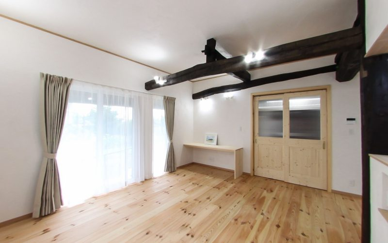 無垢材と漆喰で心地よいリビング | 自然素材の注文住宅,健康住宅 | 実例写真 | 栃木県下都賀郡
