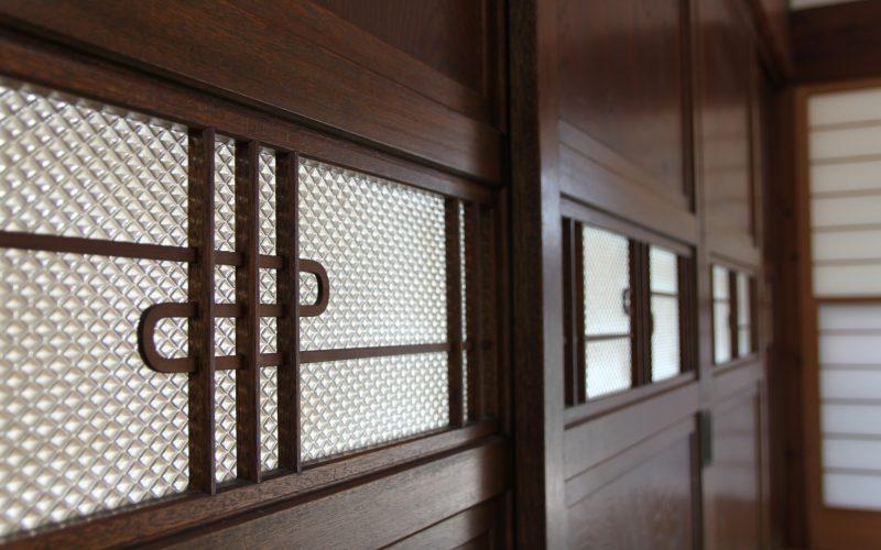 味わい深いガラス帯戸 | 自然素材の注文住宅,健康住宅 | 実例写真 | 栃木県下都賀郡