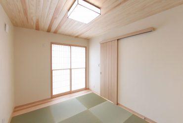 外の景色を眺めることのできる猫間障子 | 自然素材の注文住宅,健康住宅 | 実例写真 | 埼玉県さいたま市