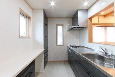 機能的で使いやすいシステムキッチン   自然素材の注文住宅,健康住宅   実例写真   栃木県下都賀郡