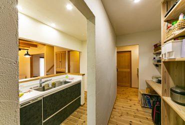 薪ストーブとリビング階段を中心にした家 | 宮城県東松島市